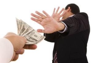 Страховые компании отказываются от туроператоров