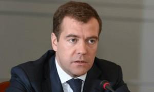 Медведев дал доступ малому бизнесу к рынку госзакупок