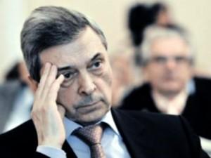 РАМН не стала прекращать торги, отмененные ФАС